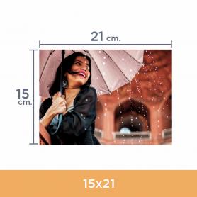 Impresión de fotos 15x21. Revelado en papel fotográfico